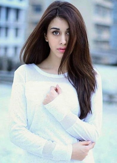 Warina Hussain Biography
